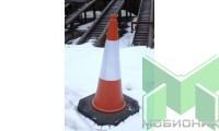 Конус сигнальный дорожный высотой 1 метр