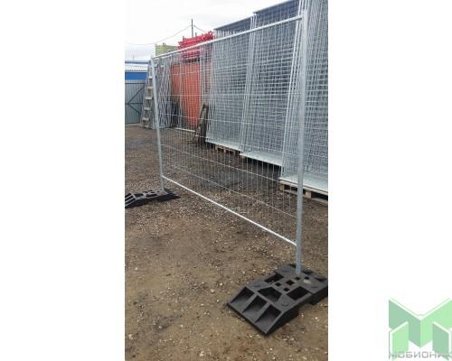 Секция строительного ограждения 3,0 х 2,0м оцинкованная